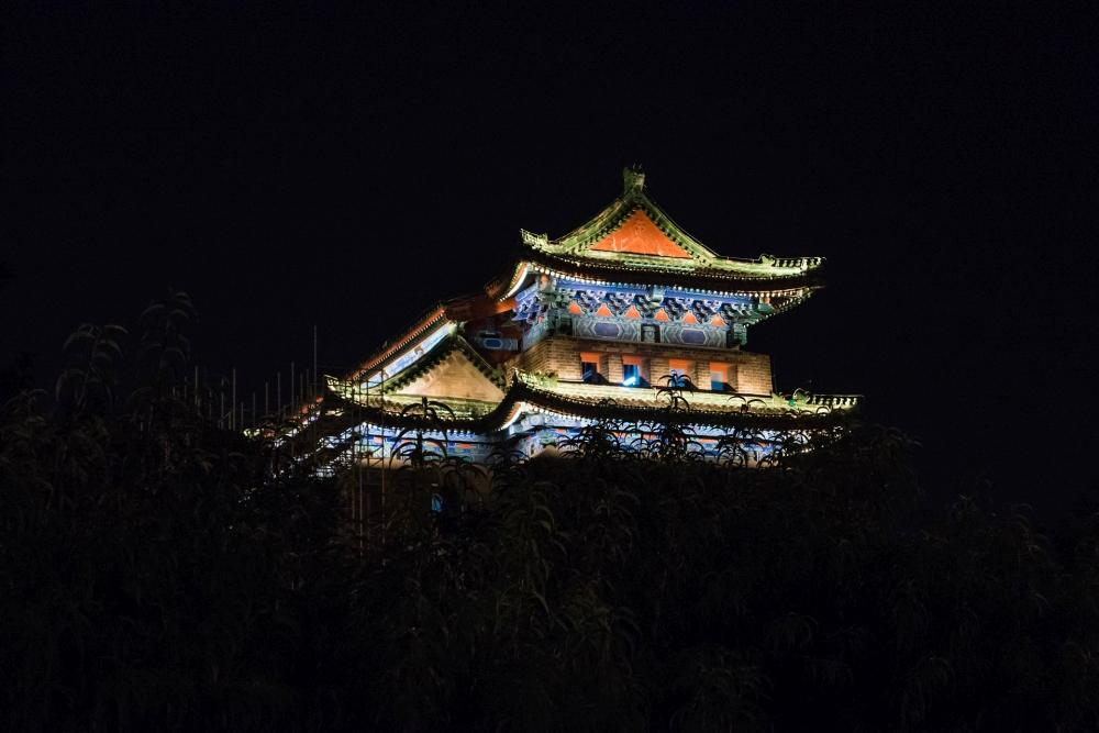 Jiao Laou / Pfeilturm in Beijing bei Nacht