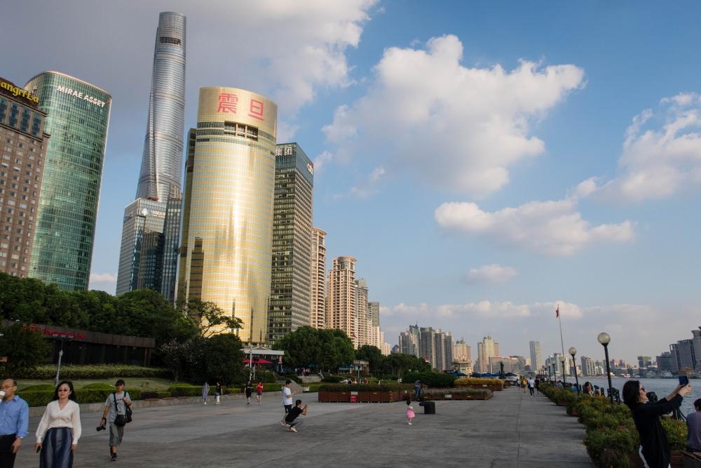 Riverside-Promenade von Pudong in Shanghai / China