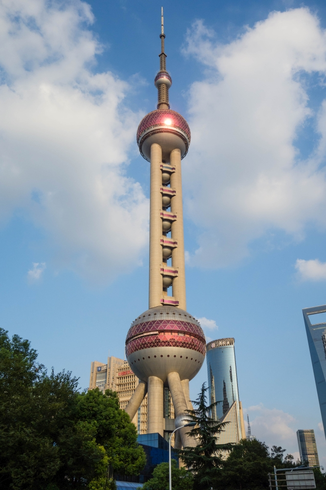 Oriental Pearl Tower von Pudong in Shanghai / China