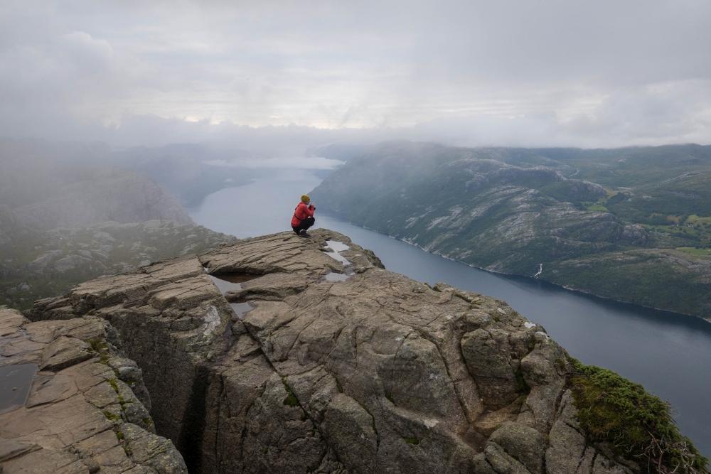 Preikestolen über dem Lysefjord in Norwegen
