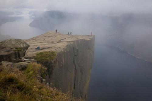 Plattform des Preikestolens in Norwegen / Copyright by doros-reiseblog.de