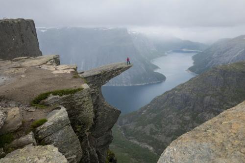 Trolltunga in Norwegen / Copyright by doros-reiseblog.de