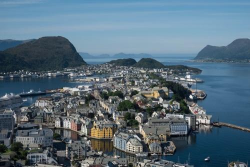 Blick vom Aksla auf die Jugendstilstadt Ålesund in Norwegen / Copyright by doros-reiseblog.de