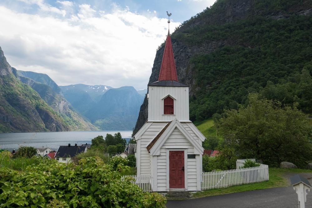 Undredal am Aurlandsfjord in Norwegen