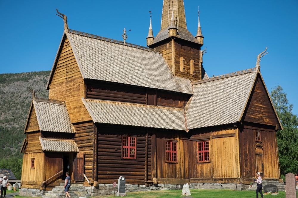 Stabkirche Lom in Østlandet in Norwegen