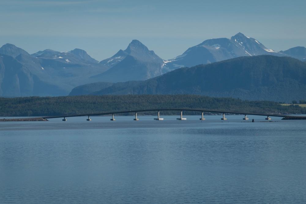 Brücke nach Trondelag in Norwegen
