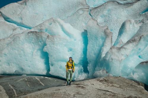 Blaueis an der Gletscherzunge des Nigardsbreens in Norwegen / Copyright by doros-reiseblog.de