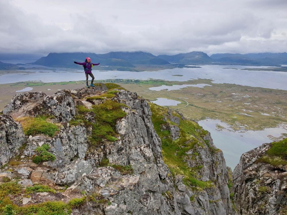 Wanderung zum Hoven auf Gimsøya auf den Lofoten in Norwegen