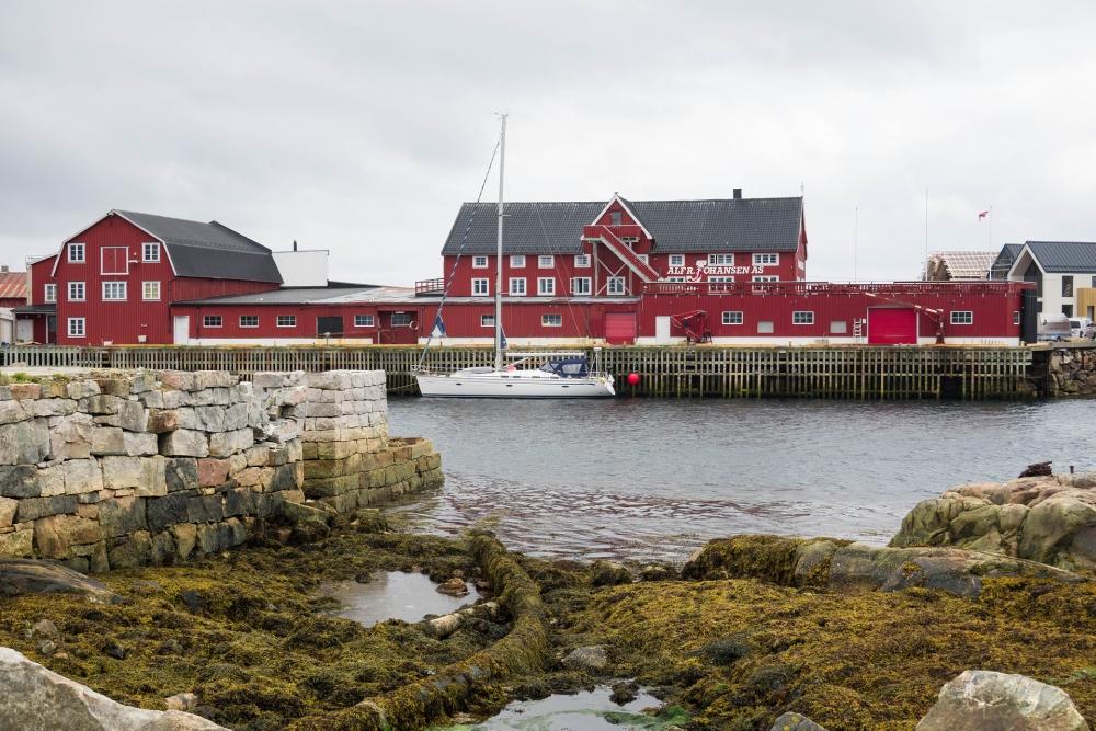 Henningsvær auf den Lofoten in Norwegen