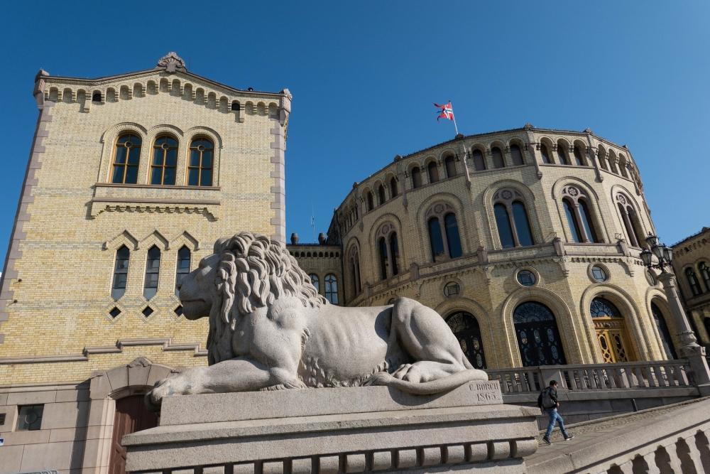 Stortinget an der Karl Johans Gate in Oslo in Norwegen
