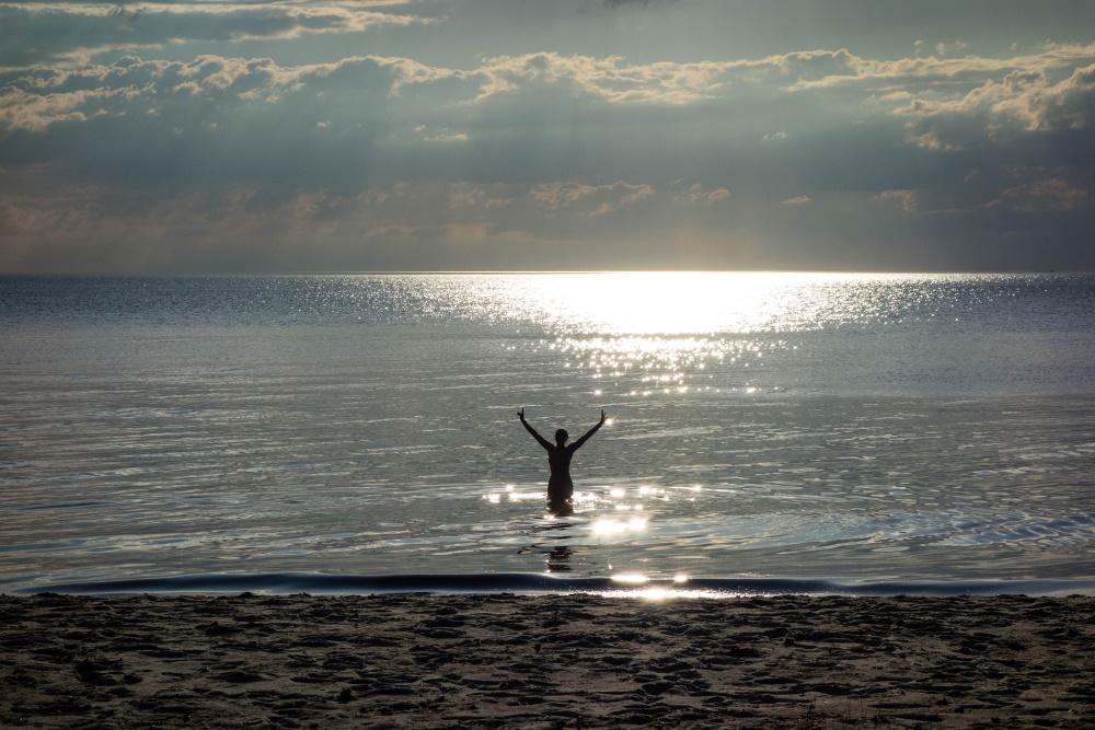 abendlicher Badegang am Darßer Weststrand