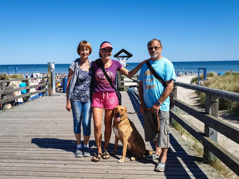 meine Familie auf der Seebrücke in Prerow / Darß