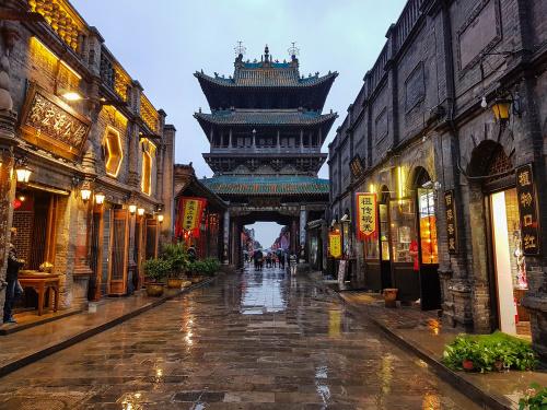 Glockenturm von Pingyao in Shanxi / China